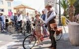 Trobada de bicicletes a la Festa del Mercat a la Plaça d'Amposta
