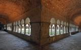 Marató romànica al claustre del monestir de Sant Cugat