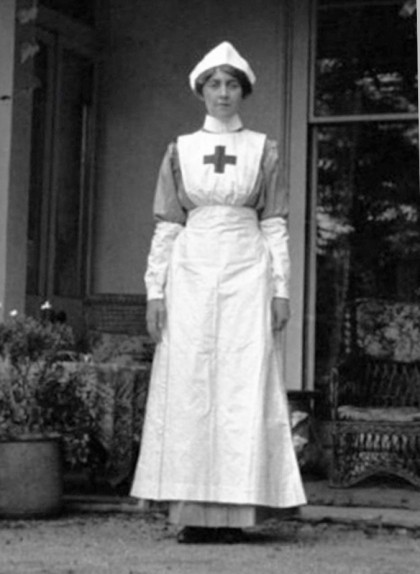 Infermera voluntària durant la Primera Guerra Mundial