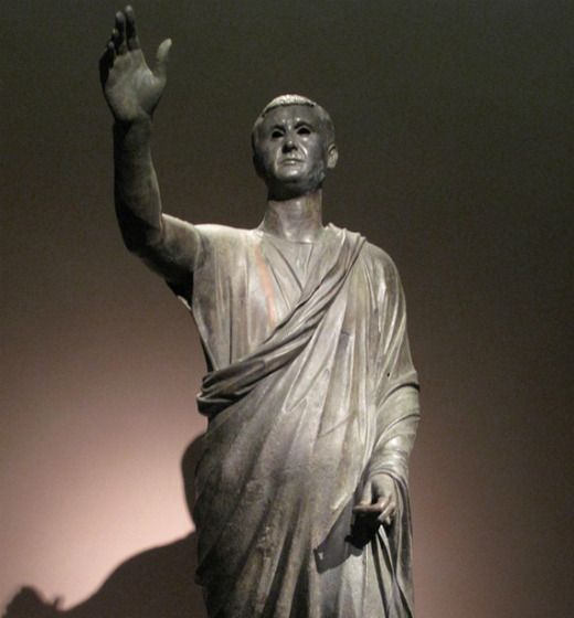 L'estàtua 'L'orador' representa un home etrusc amb toga -  corneliagraco / Wikimedia Commons