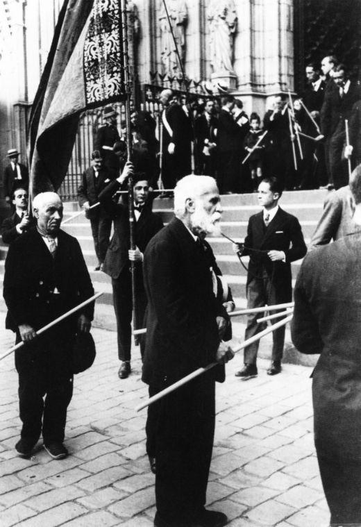 Antoni Gaudí en la processó del Corpus (11 de juny de 1924) -  Desconegut / Canaan / Wikimedia Commons
