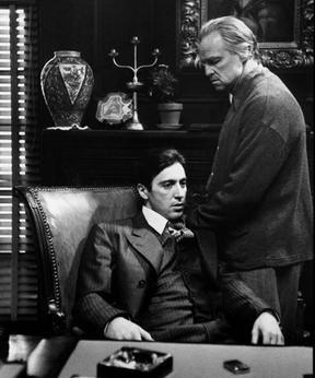 Escena d''El Padrí', de Francis Ford Coppola, amb Al Pacino i Marlon Brando (1972)