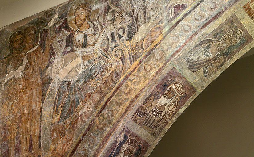Detall d'una de les pintures murals de Sixena conservades al MNAC
