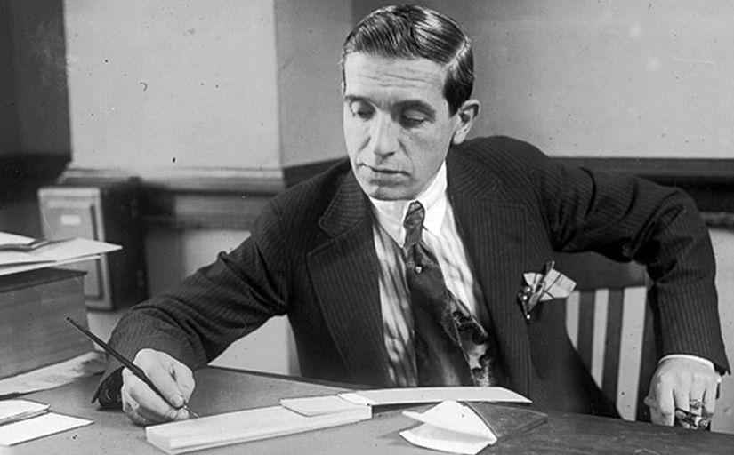 Charles Ponzi al seu despatx -  Wikimedia Commons