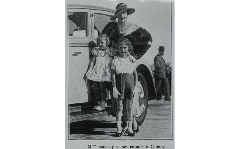 Arlette Simon amb les seves filles a Cannes -  Wikimedia Commons