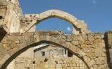 L'estructura de Ca la Garsa, formada per diversos arcs -  Wikimedia Commons