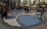Mosaic de Joan Miró a la Rambla -  Wikimedia commons