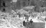 La Royal Opera House (Malta) després d'un bombardeig de la Luftwaffe -  Wikimedia Commons