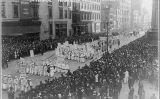 Marxa de sufragistes a Nova York el 23 d'octubre de 1915