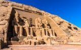 L'entrada del temple d'Abu Simbel, a Egipte -  Thinkstock
