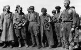 Presoners de guerra en un camp de concentració nazi