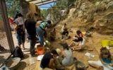 Un grup de subscriptors, a les coves del Toll a Moià
