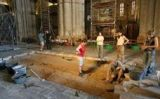 Un moment de les excavacions a la catedral de Tarragona
