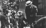 Ferrer i Guàrdia conduït per la Guàrdia Civil a Montjuïc