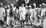 Gandhi durant la Marxa de la Sal