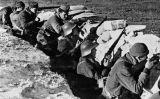 Soldats de l'exèrcit republicà a les trinxeres. La tornada dels supervivents a casa va ser desoladora