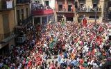 Celebració de la Patum a la plaça de Sant Pere de Berga