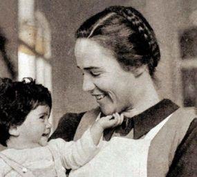 Elisabeth Eidenbenz va impulsar la Maternitat d'Elna des de l'Associació d'Ajuda Suïssa als Nens Víctimes de la Guerra