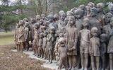 Memorial en record als nens assassinats pels nazis al poble de Lidice