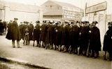 La Guàrdia Civil davant del Camp de les Corts el 14 de juny del 1925, el dia de la xiulada