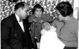 En Joan Adserias amb Mercè Crusellas i els seus dos fills, entre el 1934 i el 1936