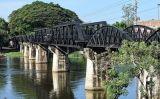 Vista actual del pont sobre el riu Kwai des de Kanchanburi