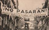 """La frase """"¡No pasarán!"""" a un cartell republicà a Madrid durant la Guerra Civil"""