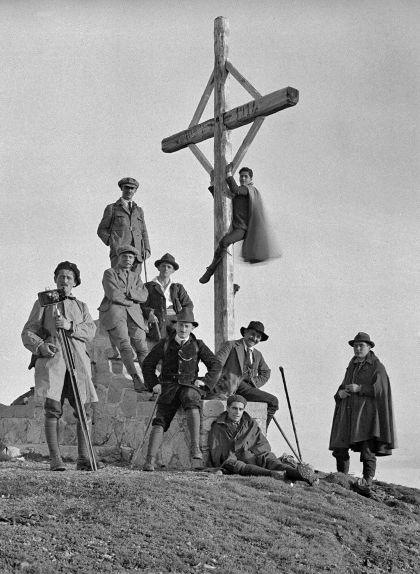 Al cim del Matagalls, el 1919