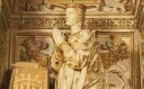 Estàtua d'Elionor de Prades