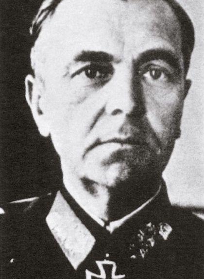 Friedrich Wilheim Paulus, màxim responsable del VI exèrcit alemany, ha passat a la història com el primer mariscal de camp que es va rendir