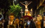 Processó de 'saetes' a Sant Vicenç dels Horts
