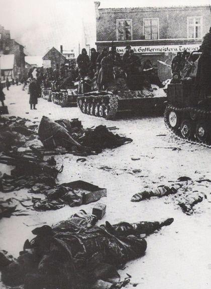 Soldats soviètics durant l'ofensiva Vístola-Oder a Polònia l'any 1945