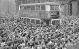 Persones concentrades a Londres per escoltar el discurs de la victòria de Winston Churchill, el 8 de maig de 1945