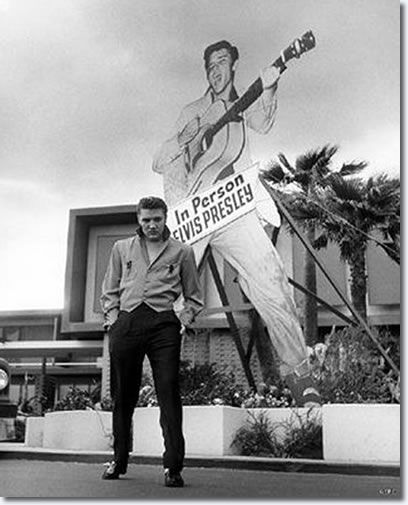 Elvis al The New Frontier el 1956