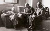 D'esquerra a dreta, Indalecio Prieto, Pau Casals i Josep Tarradellas, en una reunió a Sant Joan Lohitzune