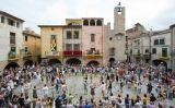 Ball de sardanes durant la Festa Major de Torroella de Montgrí
