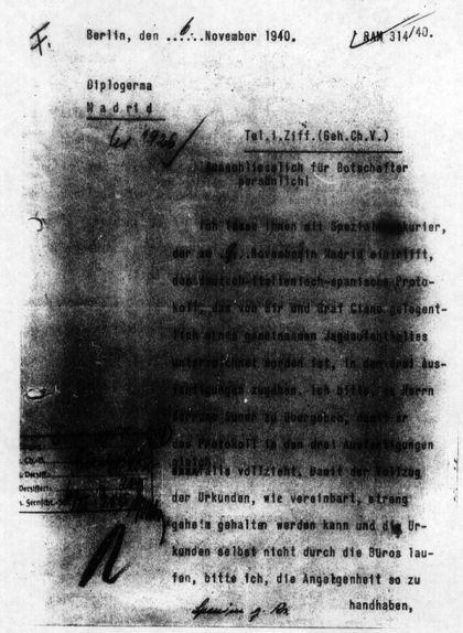 Primera pàgina del tercer document dels 'papers d'Hendaia'. Aquest és un telegrama que Ribbentrop va adreçar a l'ambaixador alemany a Madrid