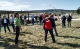 Durant el segon dia del viatge a Atapuerca, els assistents han llançat llances i fletxes