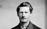 Wyatt Earp amb 21 anys, edat amb què es va casar amb la seva primera dona, Urilla Sutherland