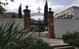 Entrada al cementiri de Montcada i Reixac, on es troba la fossa més gran de víctimes de la violència revolucionària