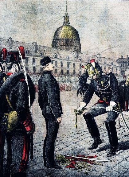 La cerimònia de degradació d'Alfred Dreyfus, al pati de l'Escola Militar de París