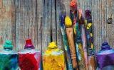 Tubs de pintura i pinzells