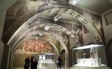 Sala del Museu Nacional de Catalunya on s'exposen les pintures murals afectades pel litigi de Sixena