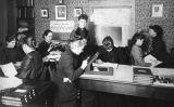 Algunes de 'les computadores de Harvard' l'any 1890. A la imatge s'hi veuen Henrietta Swan Leavitt (tercera a l'esquerra) o l'exminyona Williamina Fleming (al mig dreta)