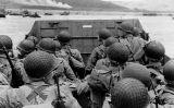 Tropes nord-americanes a punt de desembarcar a la platja d'Omaha el 6 de juny de 1944