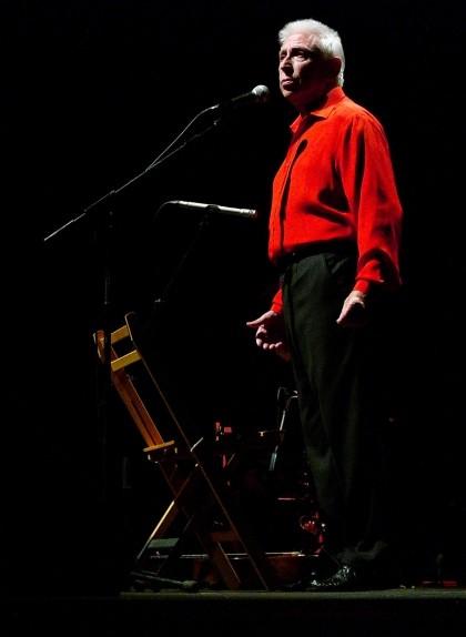 Raimon, en un concert a Sueca (València) el 20 de novembre de 2009