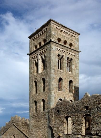 El campanar de Sant Pere de Rodes