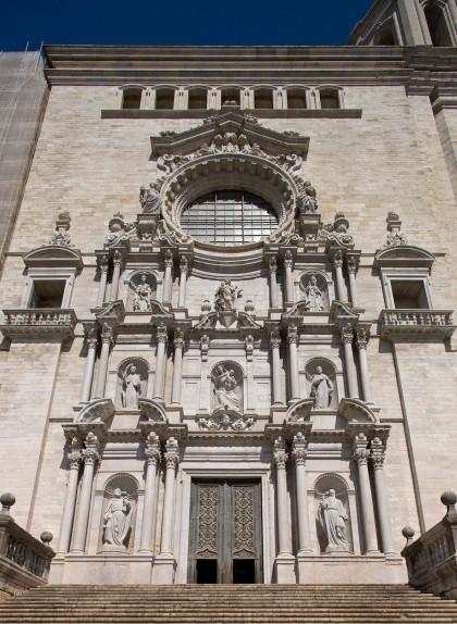 La façana de la catedral de Girona